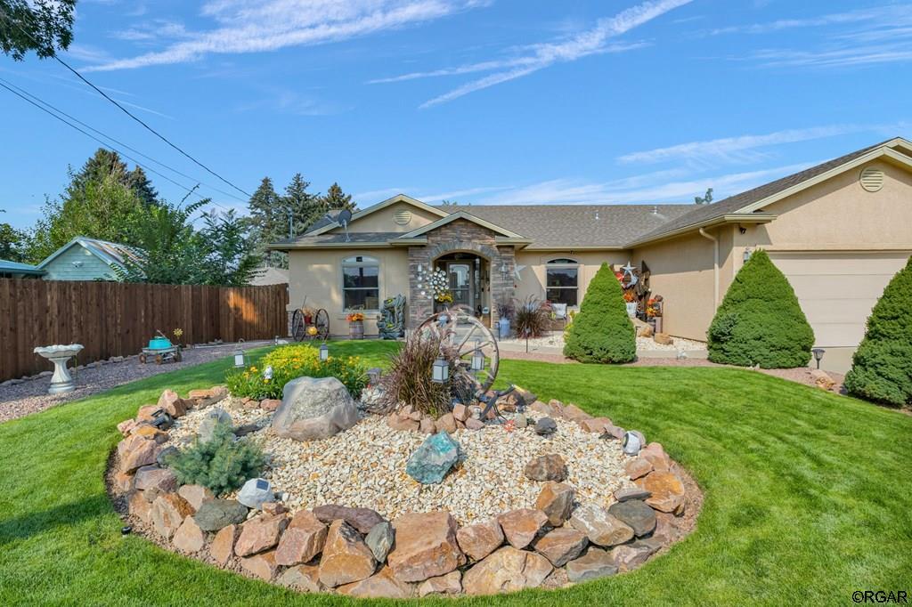 1027 Logan Street, Canon City, Colorado 81212, 3 Bedrooms Bedrooms, ,2 BathroomsBathrooms,Residential,For sale,Logan Street,65500