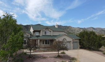 32 Eagle Crest Drive, Canon City, Colorado 81212, 4 Bedrooms Bedrooms, ,2 BathroomsBathrooms,Residential,For sale,Eagle Crest Drive,65276